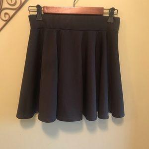 Dresses & Skirts - Black Skater Skirt Sz M/L